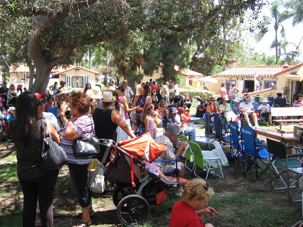 A huge crowd assembled for Peru's celebration of its independence from the Spanish Empire. The lawn program would include speeches, music and dancing.