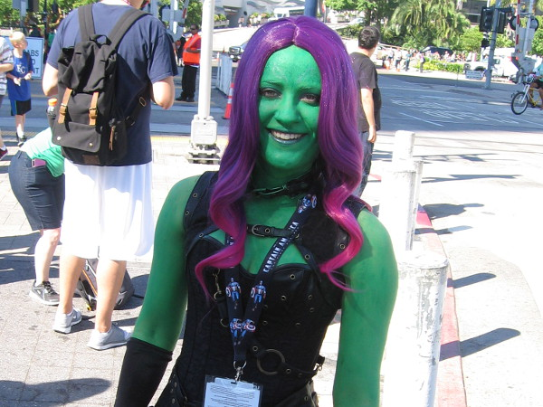 A big smile. Cosplay of Gamora, of the Guardians of the Galaxy.