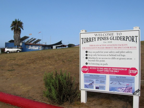 The Torrey Pines Gliderport was established in 1928 and is an active aviation facility. It is also a favorite place to enjoy incredible natural scenery and perhaps get a bite to eat.