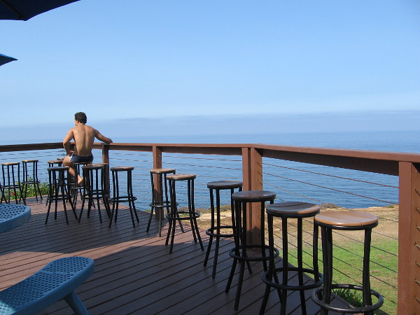 A raised outdoor eating area at the Torrey Pines Gliderport is the perfect place to watch all the aerial action. But still too early...