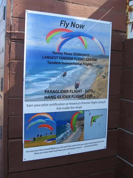 The Torrey Pines Gliderport bills itself as America's premier flight school. One can enjoy tandem paraglider and hang glider flights with an instructor.