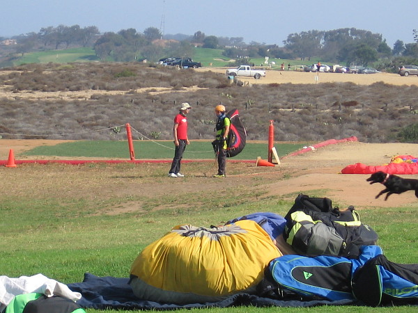 A paragliding student learns the ropes. In the distance you can see the equally famous Torrey Pines Golf Course, which hosted the epic 2008 U.S. Open.
