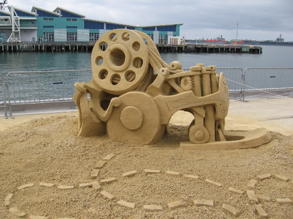 Rockin' Bobbin, by Kirk Rademaker, world sand master from Stinson Beach, California.