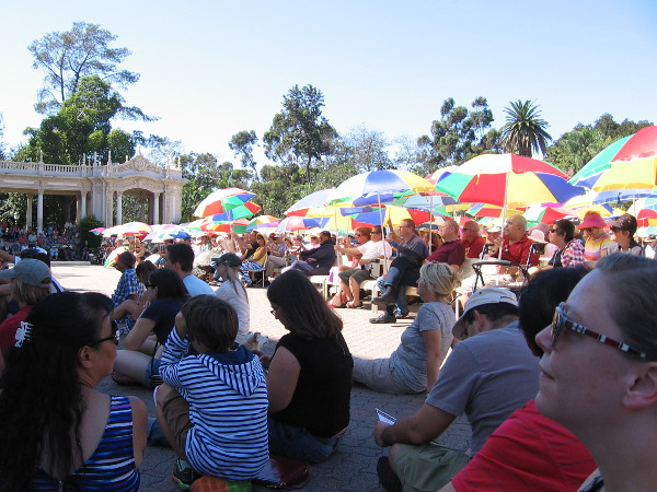 A large crowd turned out to enjoy the music produced by Carol and the Spreckels Organ one last Sunday.
