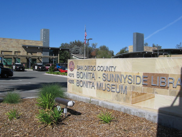 The Bonita Museum and Cultural Center is hosting a great exhibition about San Diego legend Joan Embery through December 3, 2016.