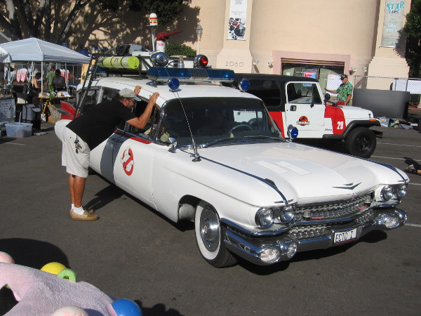 The Ghostbusters ECTO-1 vehicle has arrived for Maker Faire San Diego, as well as a Jeep from Jurassic Park.