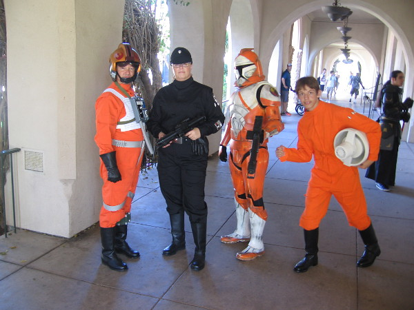 I noticed a lot of cool Star Wars cosplay at 2016 Maker Faire San Diego.