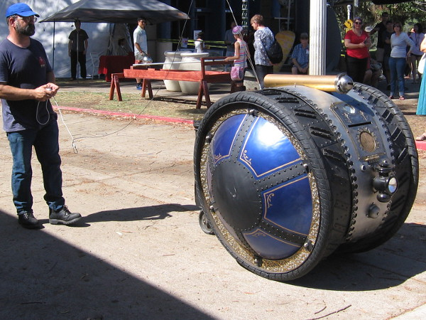There's just too much fun at 2016 Maker Faire San Diego! Head over to Balboa Park this weekend!