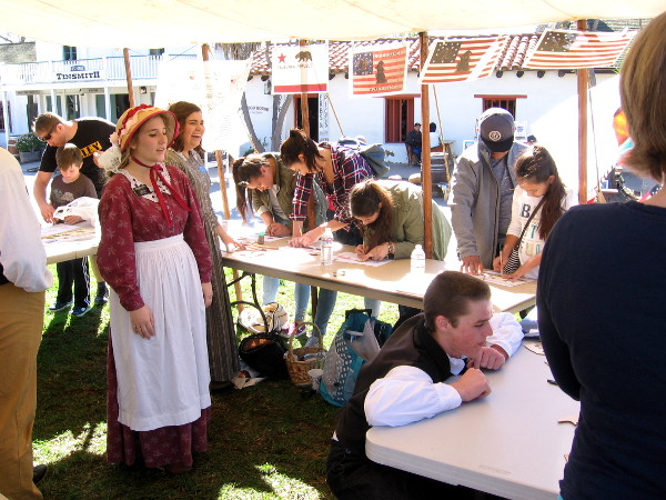 Lots of interesting historical activities were being enjoyed by a large, enthusiastic crowd.