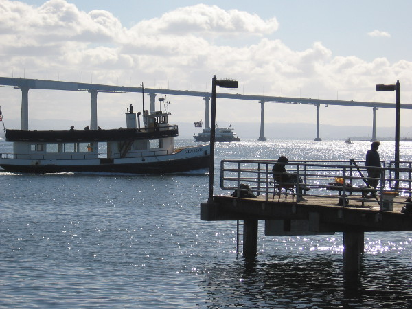 The Silvergate ferry heads toward Coronado beyond the Embarcadero Marina Park South fishing pier.