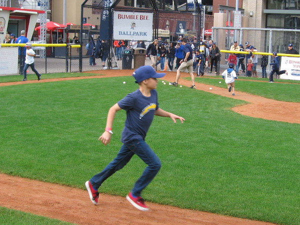 Running the bases wearing an old Chargers team shirt. Now that those guys have bolted, let us support other local teams!