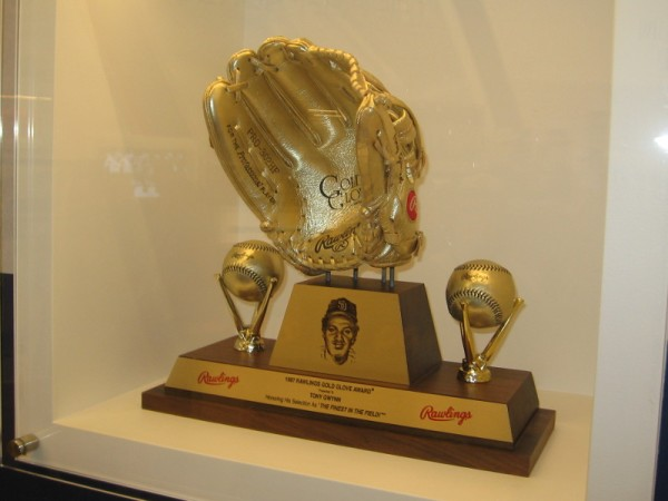 1987 Rawlings Gold Glove Award, presented to Tony Gwynn, The Finest in the Field.