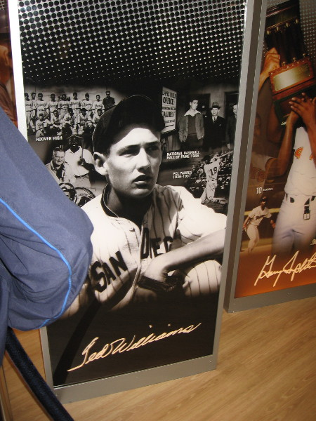Photo of Ted Williams, member of the PCL San Diego Padres.
