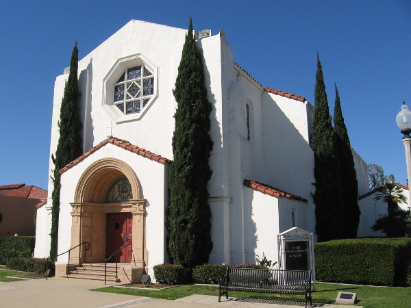 Photo of the eye-pleasing USNTC North Chapel, reflecting the Point Loma sunshine one Sunday.