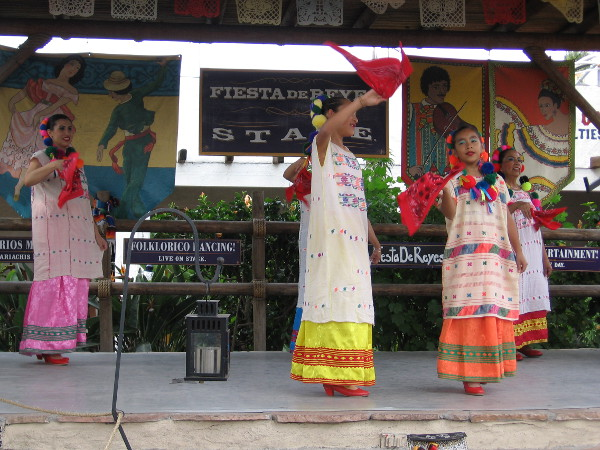 Fiesta de Reyes in Old Town San Diego State Historic Park features a stage with live folklorico dancing!