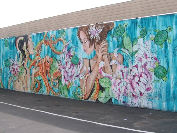 Street mural by artist Amandalynn, painted in 2016 near Mission Boulevard in Pacific Beach.