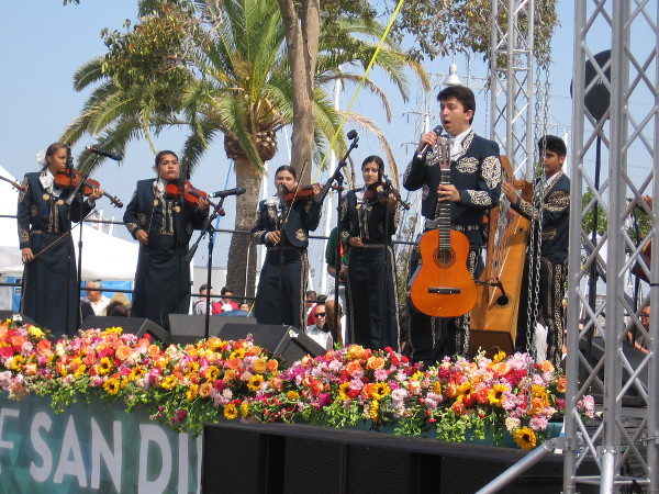 Rousing, emotional, much-loved mariachi music brought loud applause throughout the event.