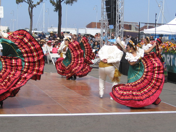 Many wonderful performances could be enjoyed at the 5th Annual International Mariachi Festival!