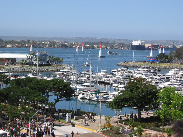 ...where I discovered a great view of the Marriott Marina and a good portion of the Red Bull Air Race course out in San Diego Bay!