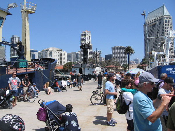 Now I'm out on the pier just north of Seaport Village. A great view of the race can be enjoyed here, and for free!
