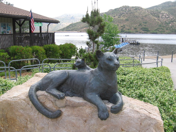 Bronze sculpture of a mountain lion and cub near the Lake Poway concession building. Pride of the Wilderness, Richard Becker, 2007.