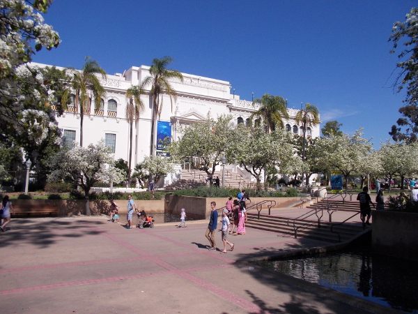 A view across El Prado of the San Diego Natural History Museum.