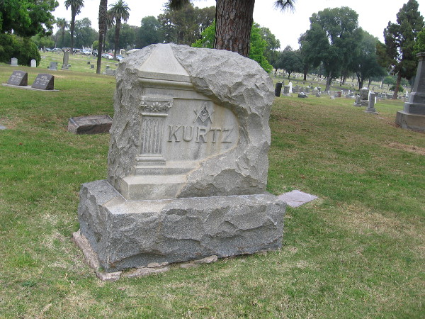 Monument to the Kurtz family.