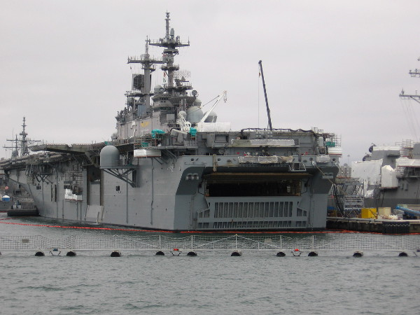 This is the USS Essex (LHD-2), a Wasp-class amphibious assault ship.