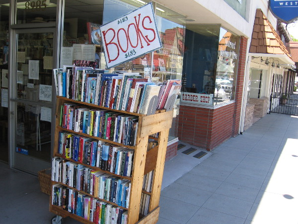 Maxwell's House of Books adds life to The Village.