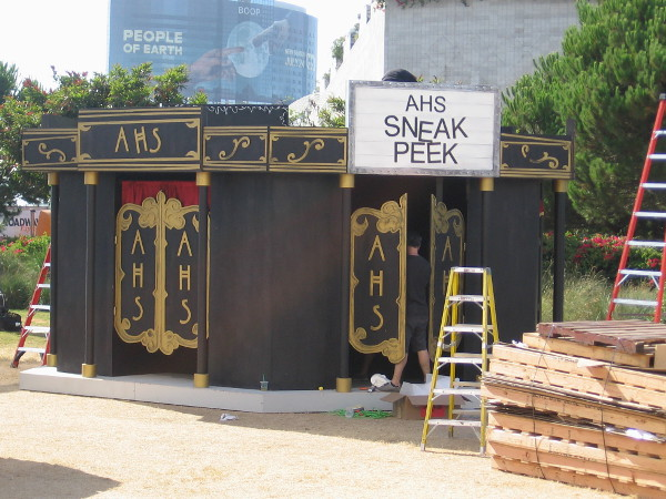 In the FX area there's a place to get an American Horror Story sneak peek.