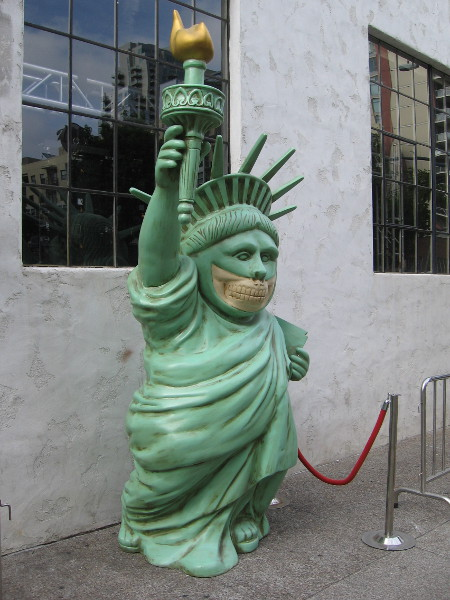 The Statue of Liberty is grinning like a skull during 2017 Comic-Con.
