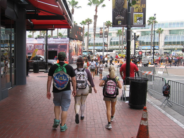 Thursday morning at 2017 Comic-Con and people are heading through the Gaslamp toward the convention center.