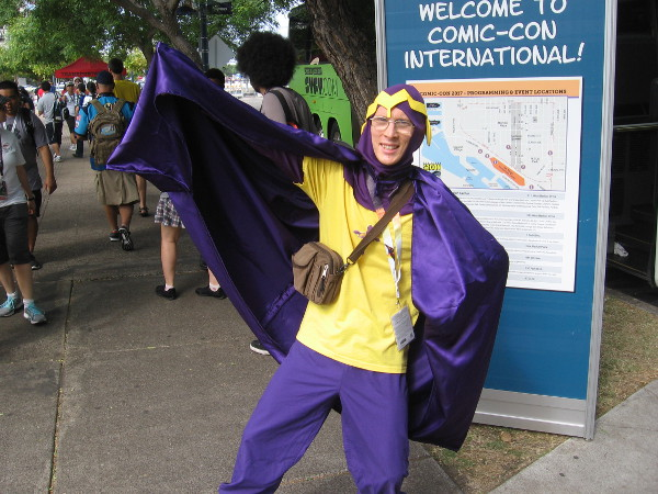 This guy is cosplaying Bibleman!