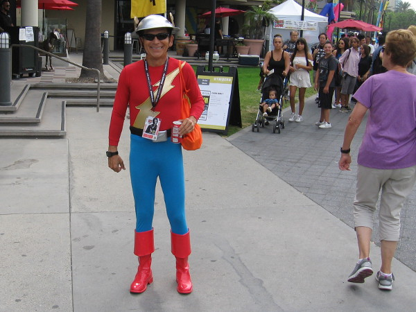 Cosplay of Jay Garrick, the old school Flash.
