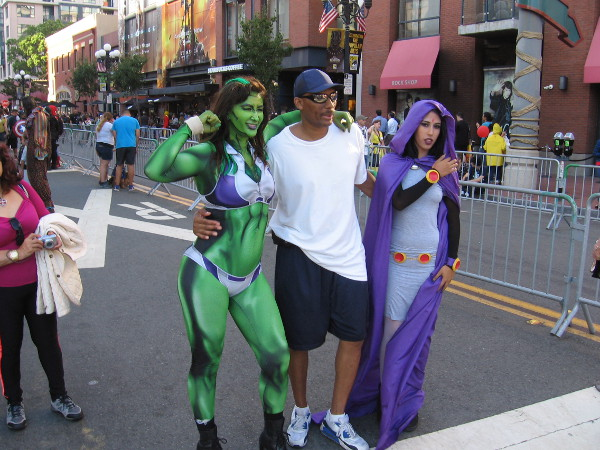 She-Hulk and Raven cosplay during 2017 San Diego Comic-Con!