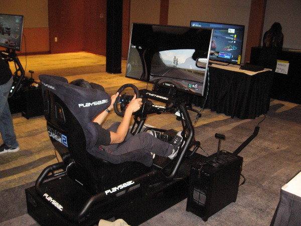 Project Cars 2 had these super cool driving simulators.