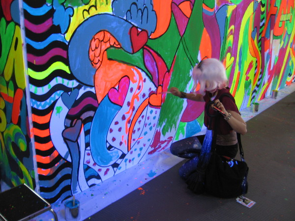Fan Of The Comedy Central Show Broad City Paints A Wall During 2017 San Diego Comic