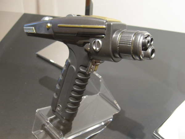 Another photo of the Starfleet Hand Phaser.