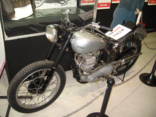 Photo of the 1949 Triumph Trophy TR5 Scrambler from a different angle.