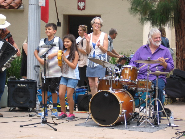 While outside, the music played. Another wonderful event in Balboa Park.