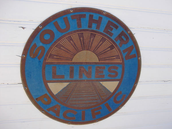 Southern Pacific Lines logo on a pilot house.
