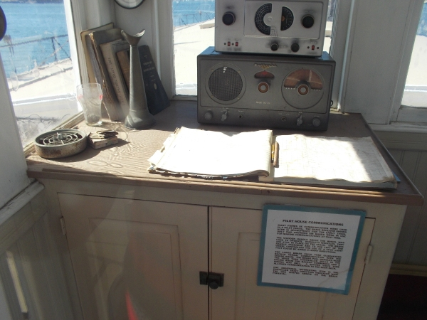 Many forms of communication were used during ferry operation. The Berkeley's pilot houses contained a radio receiver, the ship's whistle, and two voice tubes.