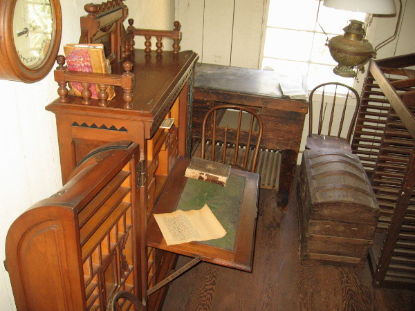 The small editor's office contains a desk once owned by the son of President Ulysses S. Grant. Ulysses S. Grant, Jr. built a grand hotel in San Diego's New Town.