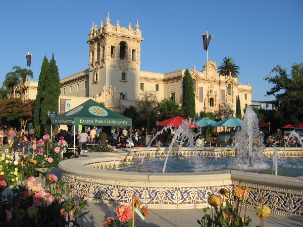 A beautiful photo of the Plaza de Panama, its fountain, flowers, and the House of Hospitality during Food Truck Friday.