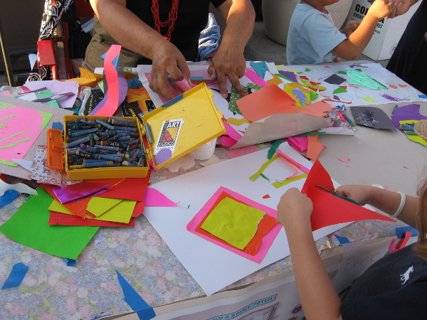 And nearby, Spanish Village Art Center had their own fun table where kids could be creative!