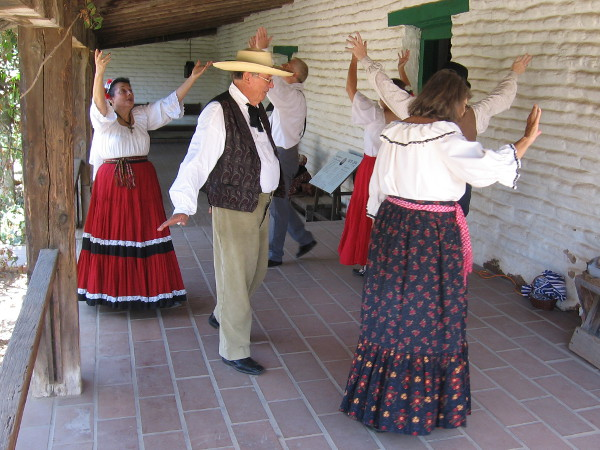 Traditional dancing in the courtyard of Casa de Estudillo of Los Camotes (which translates the sweet potatoes), a tune from Mexican and Spanish California.