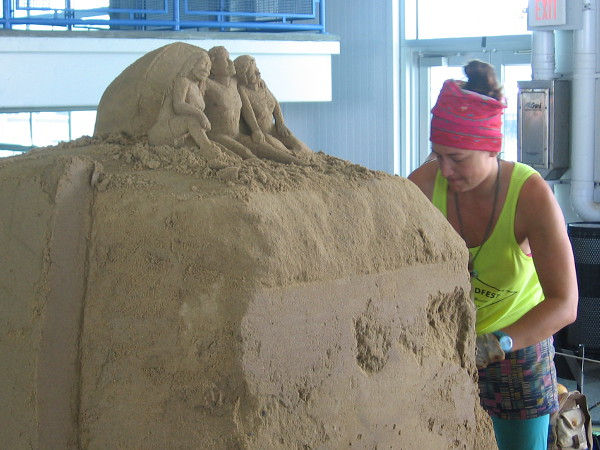 Morgan Rudluff from Santa Cruz, California is creating some great sand art representing campers gazing from a mountaintop into the distance.