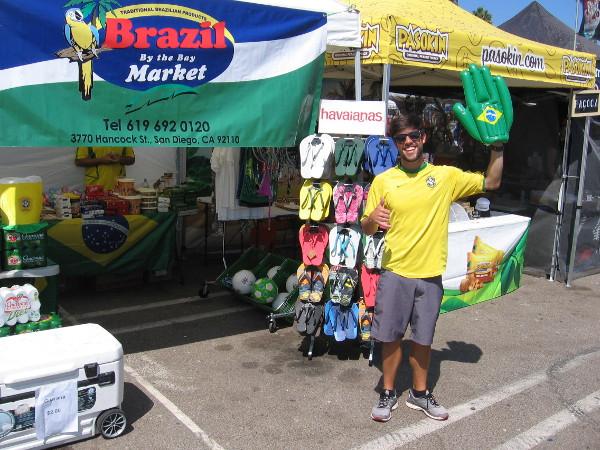 A friendly hello at the 2017 San Diego Brazilian Day Festival!