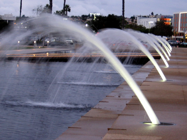Looking north along the fountains of Waterfront Park.