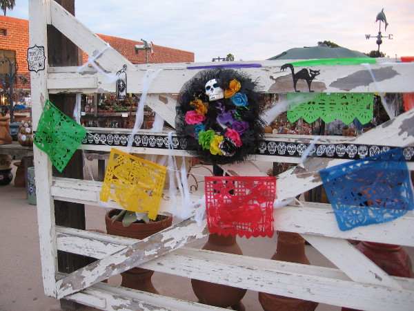 Some of the shops in Old Town had a mix of decorations for both Halloween and Dia de los Muertos.